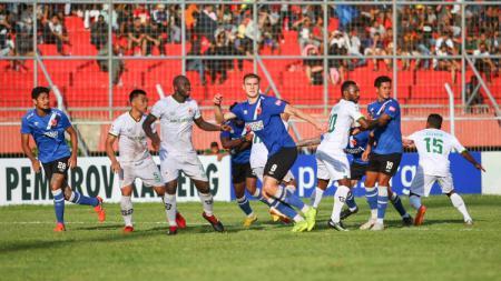 Situasi pertandingan Kalteng Putra vs PSM Makassar - INDOSPORT
