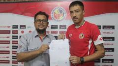 Indosport - Shukurali Pulatov Remi Bergabung dengan Semen Padang