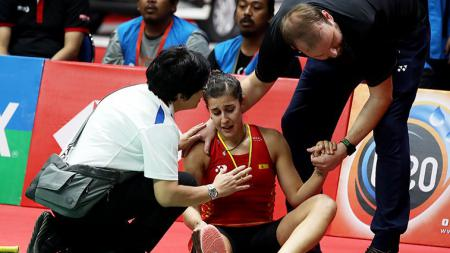 Carolina Marin mengalami cedera di final Indonesia Masters 2019 - INDOSPORT