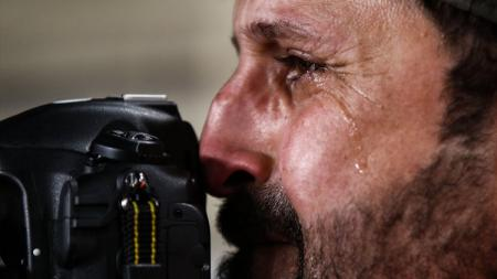 Fotografer Iraq Menangis karena Iraq tersingkir dari Asian Cup - INDOSPORT