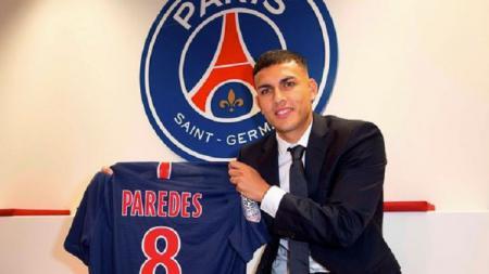 Gelandang Paris Saint-Germain, Leandro Paredes, dilaporkan bakal kembali ke Italia setelah tak banyak mendapatkan menit bermain bersama Les Parisiens. - INDOSPORT