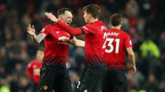 Indosport - Victor Lindelof mencetak gol penyelamat Manchester United vs Burnley