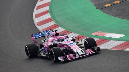 Nikita Mazepin, pembalap Formula 2 asal Rusia saat berada di lintasan balap. - INDOSPORT