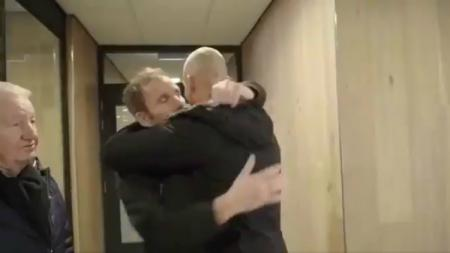 Detik-detik perpisahan Jan Lammers di RKC Waalwijk. - INDOSPORT