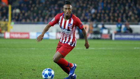 Bintang AS Monaco, Gelson Martins, mendapat hukuman usai mendorong wasit saat pertandingan Ligue 1 Prancis bulan Februari lalu. - INDOSPORT