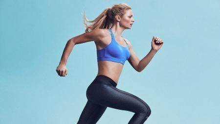 Olahraga yang bisa dilakukan untuk menghilangkan selulit alias stretch mark. - INDOSPORT