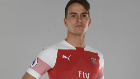 Denis Suarez resmi berseragam Arsenal. - INDOSPORT