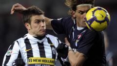 Indosport - Michele Paolucci (kiri) saat membela Juventus