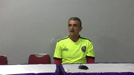 Pelatih Arema, Milomir Seslija. - INDOSPORT