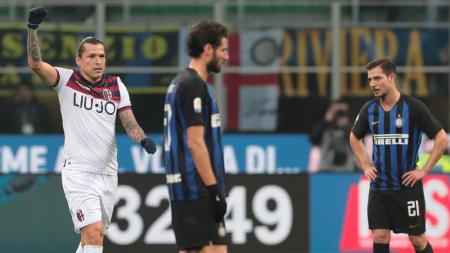 Federico Santander bobol gawang Inter Milan - INDOSPORT
