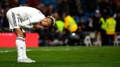 Indosport - Mariano Diaz terlihat tidak bergabung dengan rekan-rekannya di Real Madrid dalam sesi latihan menjelang laga melawan Real Valladolid