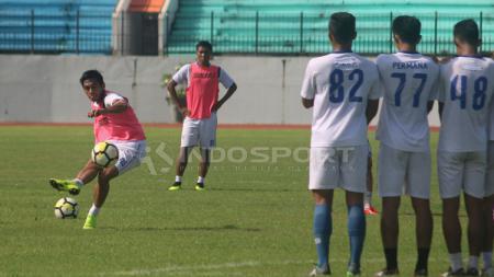 Skuat PSIS Semarang jajal latihan sekaligus jajal lapangan - INDOSPORT