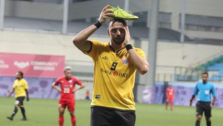 Marko Simic berselebrasi usai mencetak gol ke gawang Home United. Copyright: Twitter @Persija_Jkt