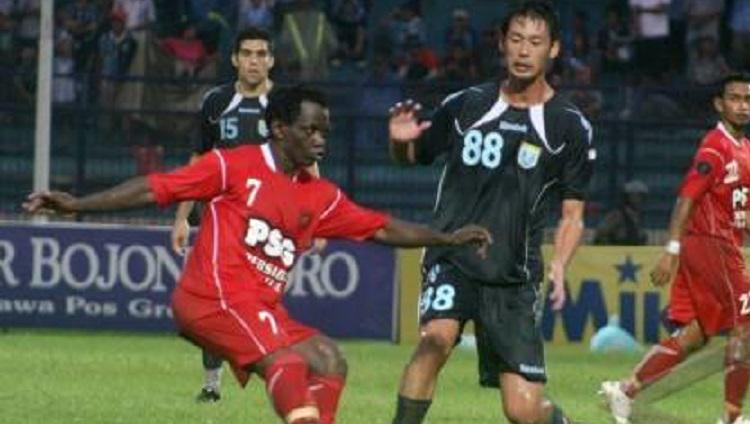 Mantan pemain Persela Lamongan, Tomoaki Komorida (88). Copyright: http://12paz.blogspot.com