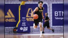 Indosport - Sandy Kurniawan, bintang basket BTN CLS Knights Indonesia.