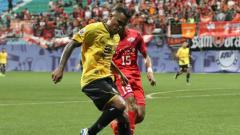 Indosport - Aksi Alberto 'Beto' Goncalves bersama Persija di Liga Champions Asia.