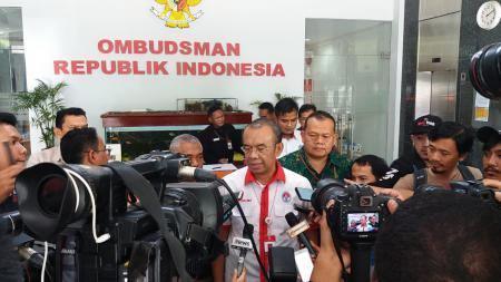 Pemeriksaan Sesmenpora, Gatot S Dewa Broto oleh Satgas Anti Mafia Bola Indonesia. - INDOSPORT