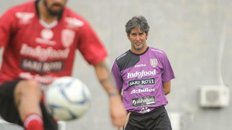Stefano Cugurra Teco, pelatih Bali United. Copyright: baliutd.com.