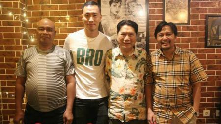 Yoo Jae-hoon (kedua dari kiri) dikabarkan ingin hengkang dari Barito Putera. - INDOSPORT