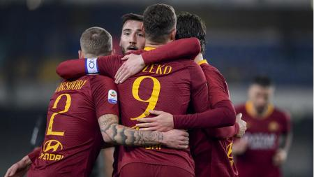 Selebrasi pemain AS Roma. - INDOSPORT