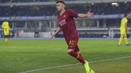 El Shaarawy merayakan gol ke gawang Chievo Verona. - INDOSPORT
