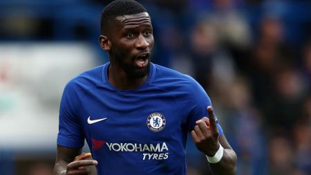 Bek Chelsea, Antonio Rudiger, mendapatkan perlakuan rasis dari fans Tottenham Hotspur pada pekan ke-18 kompetisi Liga Inggris. - INDOSPORT