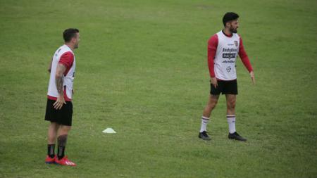 Paulo Sergio dan Stefano Lilipaly. - INDOSPORT