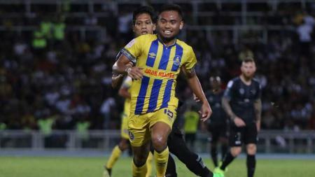 Saddil Ramdani cetak 1 assist saat Pahang FA menang 3-0 atas Terengganu FC di pekan kedua Liga Super Malaysia 2019 - INDOSPORT