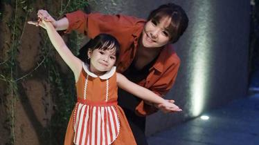 Gisella Anastasia dan anaknya Gempi - INDOSPORT