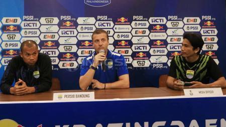 Miljan Radovic dalam jumpa pers Piala Indonesia 2019 - INDOSPORT