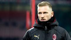 Indosport - Dua bek sayap top Eropa diketahui bernasib tragis pasca meninggalkan klub Serie A Italia, AC Milan, pada musim panas 2019 lalu. Salah satunya, Ignazio Abate.