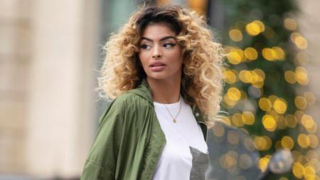 Model Malika Semichi mengaku pernah berhubungan dengan Anthony Martial - INDOSPORT