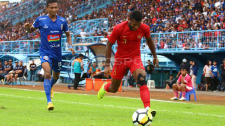 Laga uji coba Timnas Indonesia U-22 vs Arema FC. - INDOSPORT