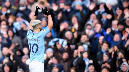 Sergio Aguero melakukan selebrasi saat memperkuat Manchester City. - INDOSPORT