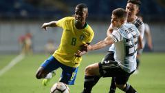 Indosport - Marcos (kiri) saat membela Timnas Brasil U-20.