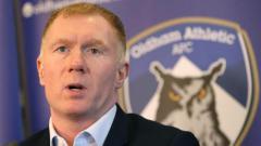 Indosport - Paul Scholes kini menjadi manajer Oldham Athletic.