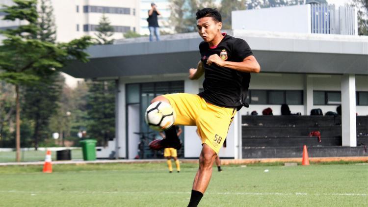 Pemain Striker Bhayangkara FC, Dendy Sulistiawan. Copyright: Media Bhayangkara