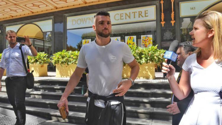 Marko Simic usai mengunjungi kantor pengadilan Sydney. Copyright: theherald