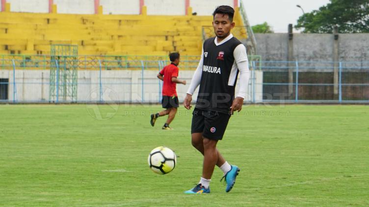 Bintang Madura United, Andik Vermansah saat sesi latihan jelang Liga 1 2019. Copyright: Fitra Herdian/INDOSPORT