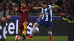 Indosport - Lakukan Penistaan Agama, Bintang AS Roma Dilarang Main Satu Laga.