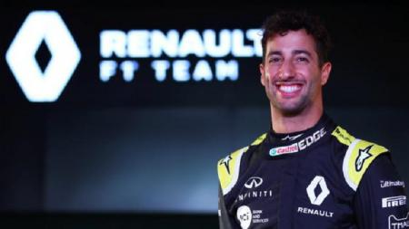 Daniel Ricciardo kini berada di agensi yang sama dengan Cristiano Ronaldo. - INDOSPORT