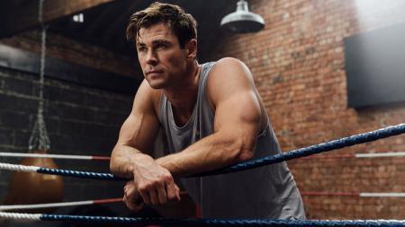 Chris Hemsworth termasuk salah satu aktor yang mengutamakan kebugaran tubuh. - INDOSPORT