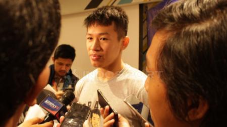 Pemain Timnas Basket Indonesia, Abraham Damar meladeni tantangan jawab cepat dari INDOSPORT. - INDOSPORT