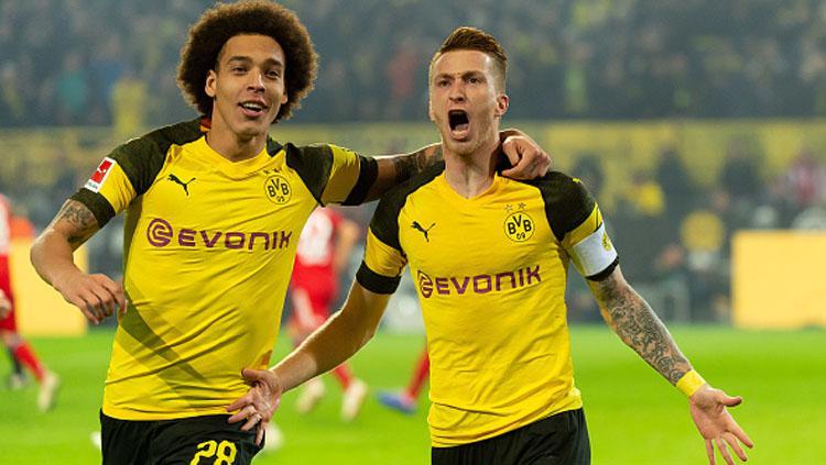 Axel Witsel (kiri) dan Marco Reus, 2 bintang Borussia Dortmund. Copyright: INDOSPORT