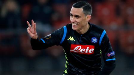 Bintang Napoli, Jose Maria Callejon dikabarkan akan segera menyusul mantan pelatihnya, Rafael Benitez ke Liga China. - INDOSPORT