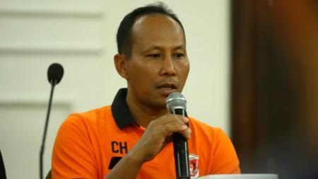 Pelatih Perseru Serui, Choirul Huda. - INDOSPORT
