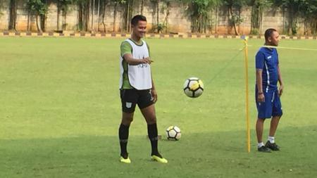 Muhammad Roby menghimbau rekan-rekannya di Persita Tangerang tidak besar kepala lantara sudah dua kali menang besar di Liga 2 2019. - INDOSPORT