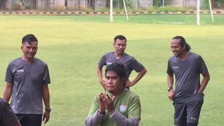 Dalam sesi latihan Persita Tangerang kedatangan pemain baru eks PSMS Medan M Ridho - INDOSPORT