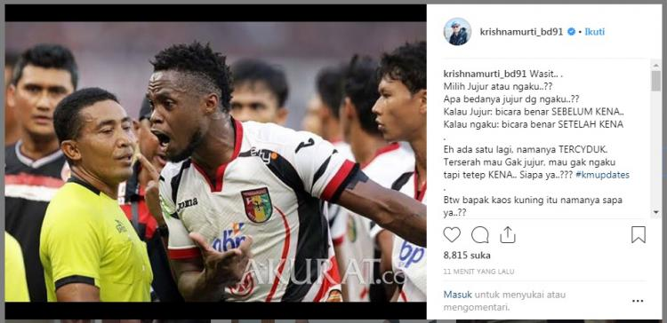 Wakil Satgas Antimafia sepak Bola mengunggah foto wasit laga Persija vs Mitra Kukar. Copyright: www.instagram.com/krishnamurti_bd91
