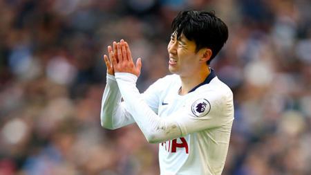Son Heung-min mendapat kartu merah pada laga Liga Inggris Everton vs Tottenham Hotspur, Minggu (03/11/19). - INDOSPORT